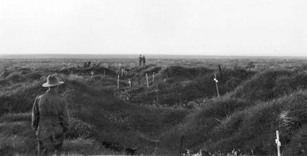 Finding the dead - Pozieres - 16kBjpg